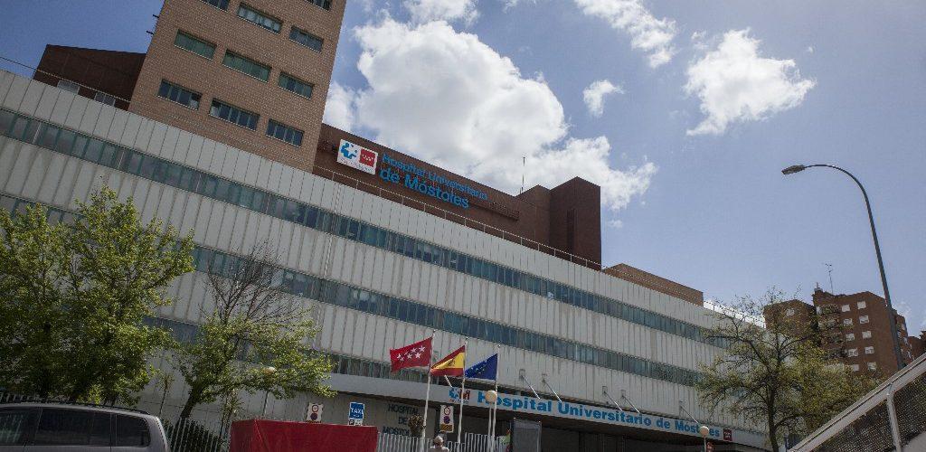 Los trabajadores del Hospital Público de Móstoles denuncian la falta de personal para atender el servicio