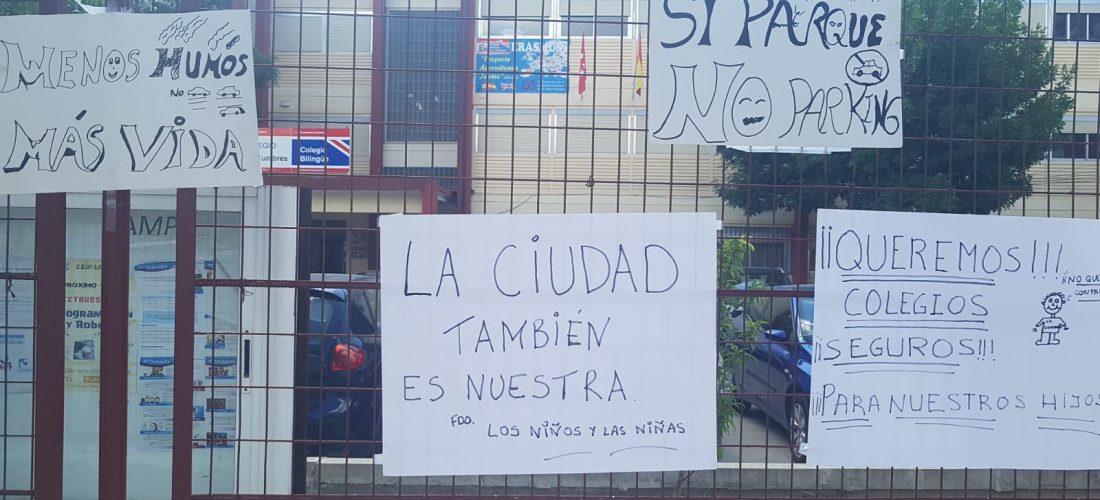 Protestas por la construcción de un aparcamiento en la puerta del colegio Las Cumbres